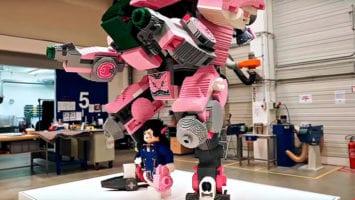 Скульптура D.Va из LEGO